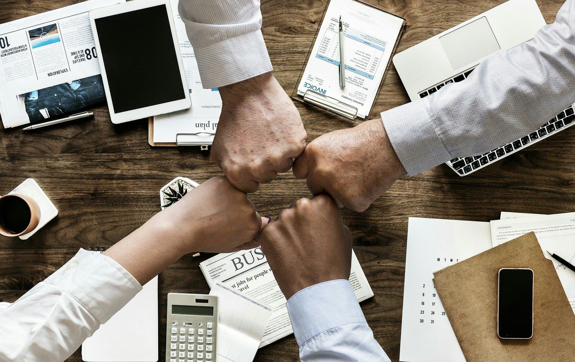 Ubezpieczenia Firm - Najlepsze Oferty Ubezpieczeniowe Usługeo do usług
